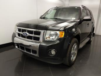 2011 Ford Escape Limited - 1060164366