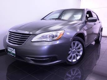 2012 Chrysler 200 - 1070063713