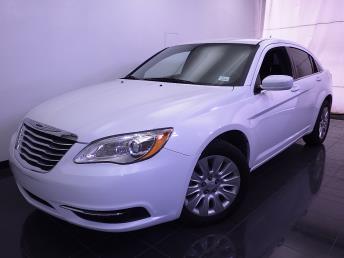 2014 Chrysler 200 - 1070064029