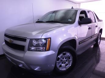 2010 Chevrolet Avalanche - 1070064386
