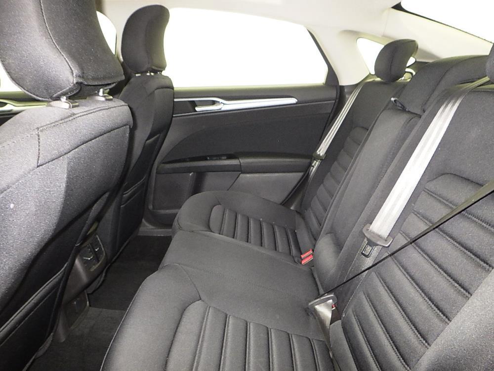2016 Ford Fusion SE Hybrid - 1070065033