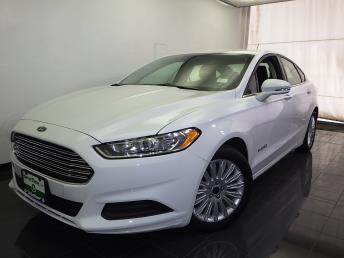 2016 Ford Fusion Hybrid - 1070065033