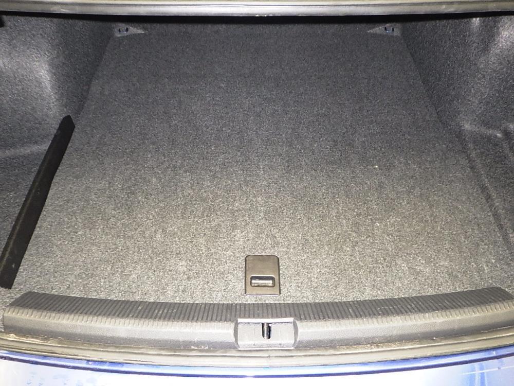 2016 Volkswagen Passat 1.8T R-Line - 1070065082