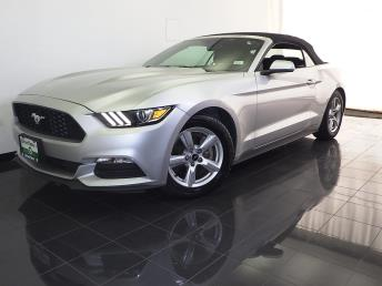 2016 Ford Mustang - 1070065532
