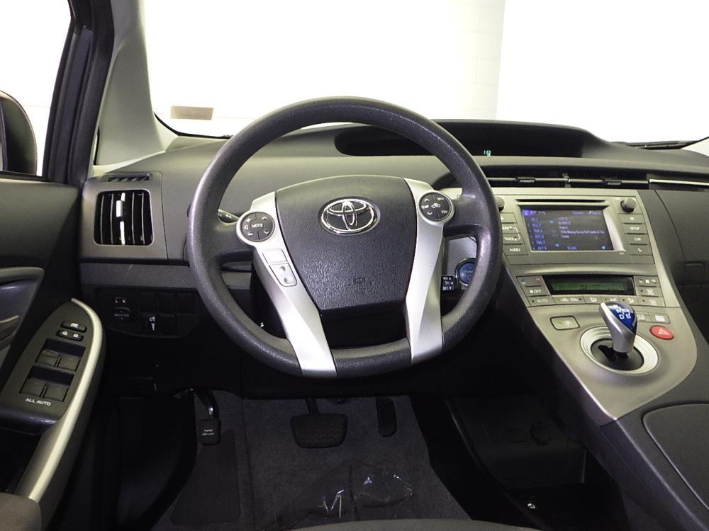 2014 Toyota Prius One - 1070065902