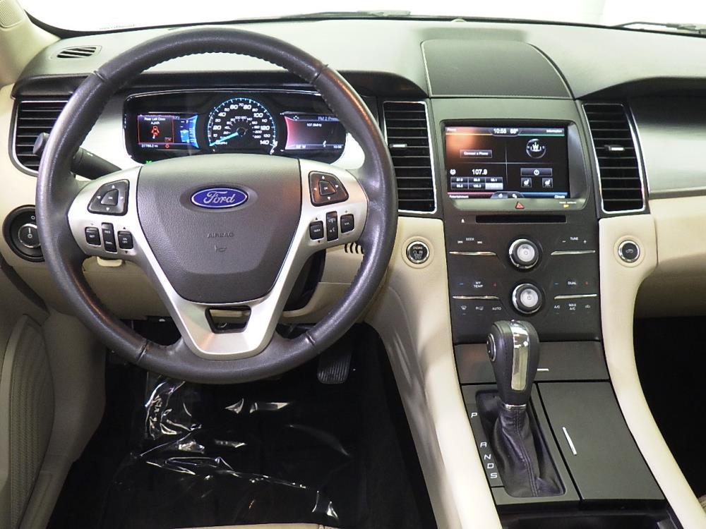 2015 Ford Taurus SEL - 1070065945