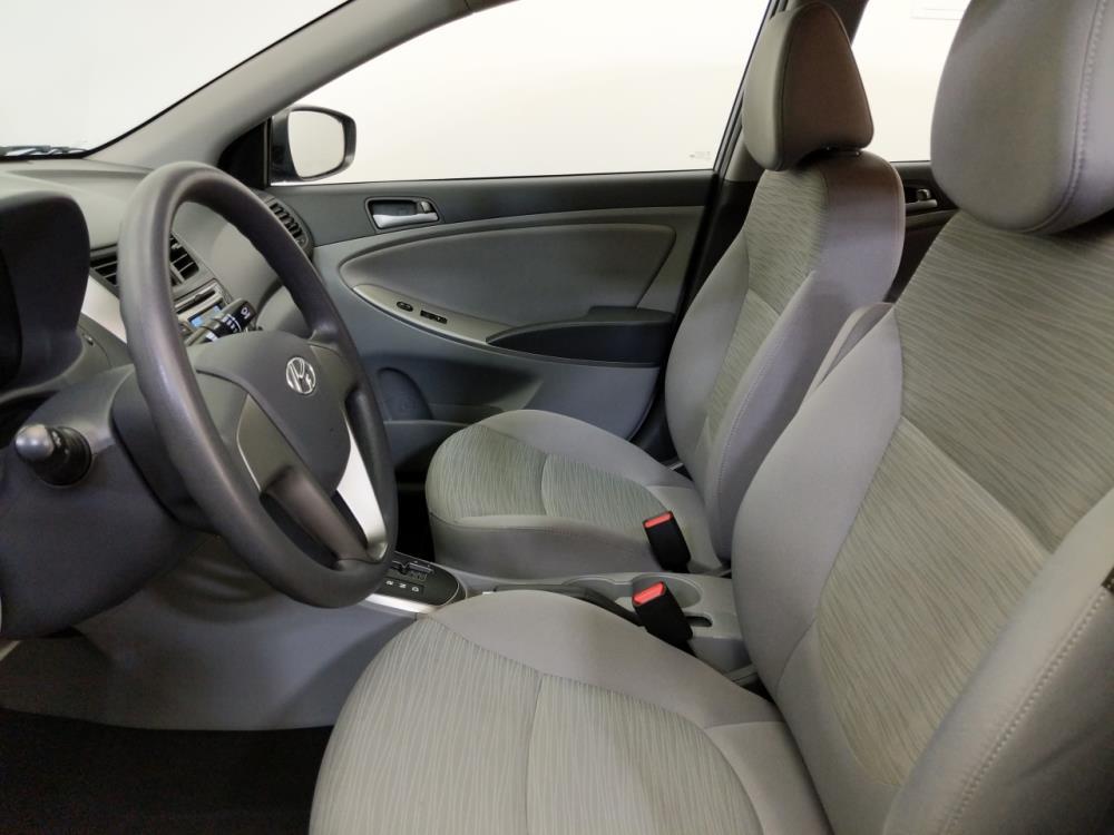 2016 Hyundai Accent SE - 1070066672