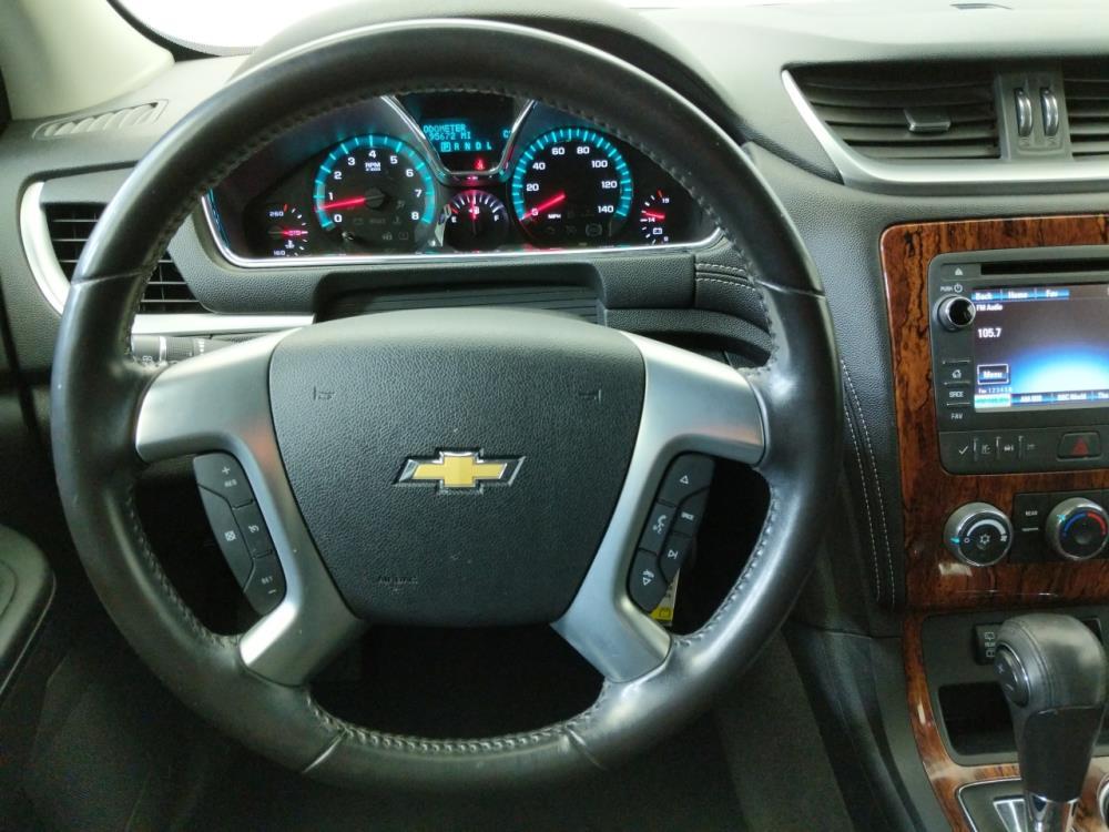 2013 Chevrolet Traverse LT - 1070066926