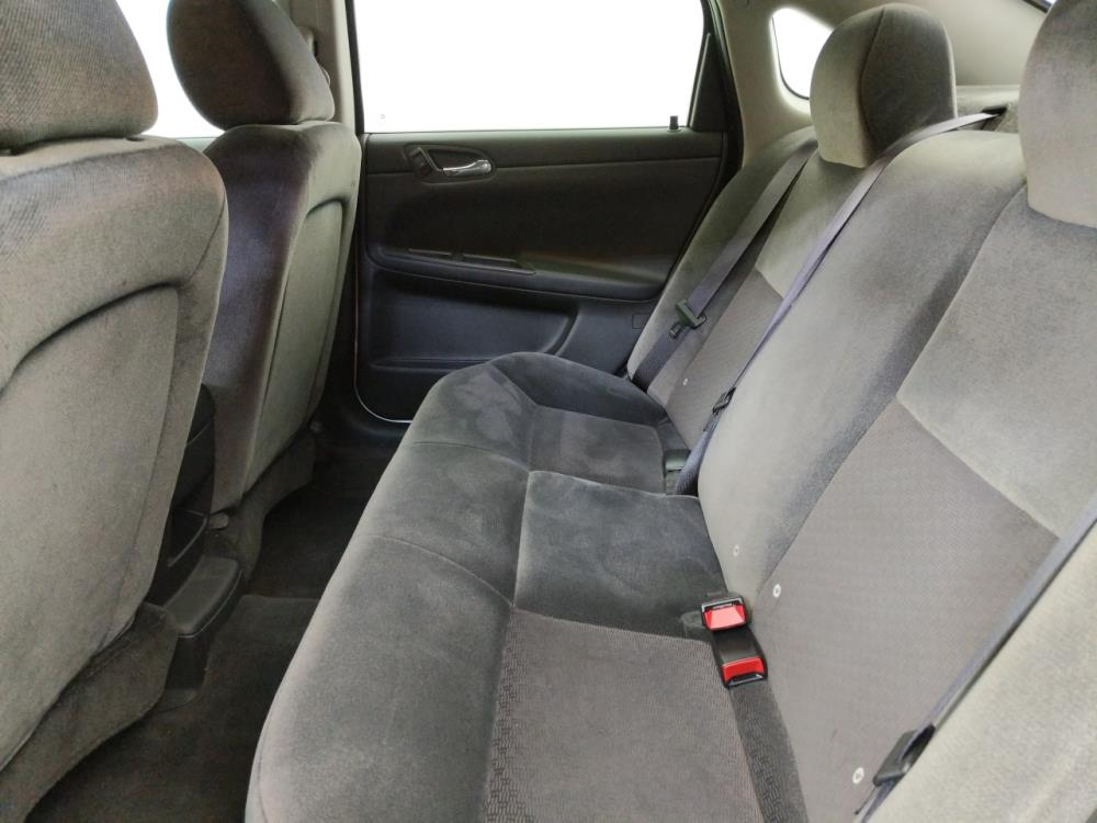 2016 Chevrolet Impala Limited LT - 1070066945