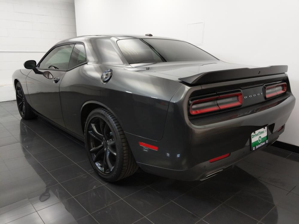 2016 Dodge Challenger SXT Plus - 1070067306