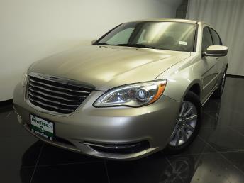 2013 Chrysler 200 - 1080163451