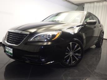 2013 Chrysler 200 - 1080165335