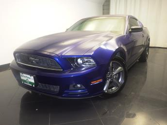 2014 Ford Mustang - 1080170566