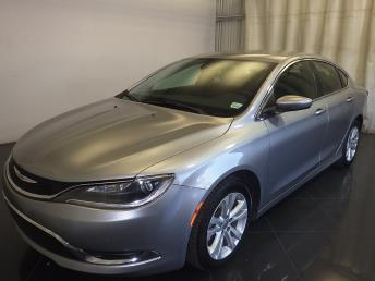 2016 Chrysler 200 - 1080170633