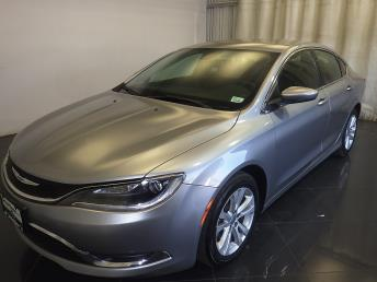 2016 Chrysler 200 - 1080170640