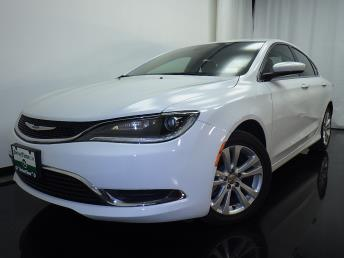 2016 Chrysler 200 - 1080170645