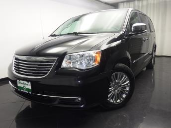 2015 Chrysler Town and Country Touring-L - 1080171978