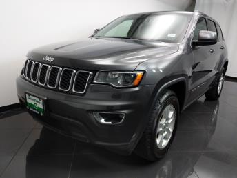 2017 Jeep Grand Cherokee Laredo - 1080172127