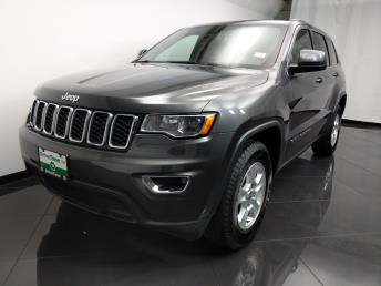 2017 Jeep Grand Cherokee Laredo E - 1080172128