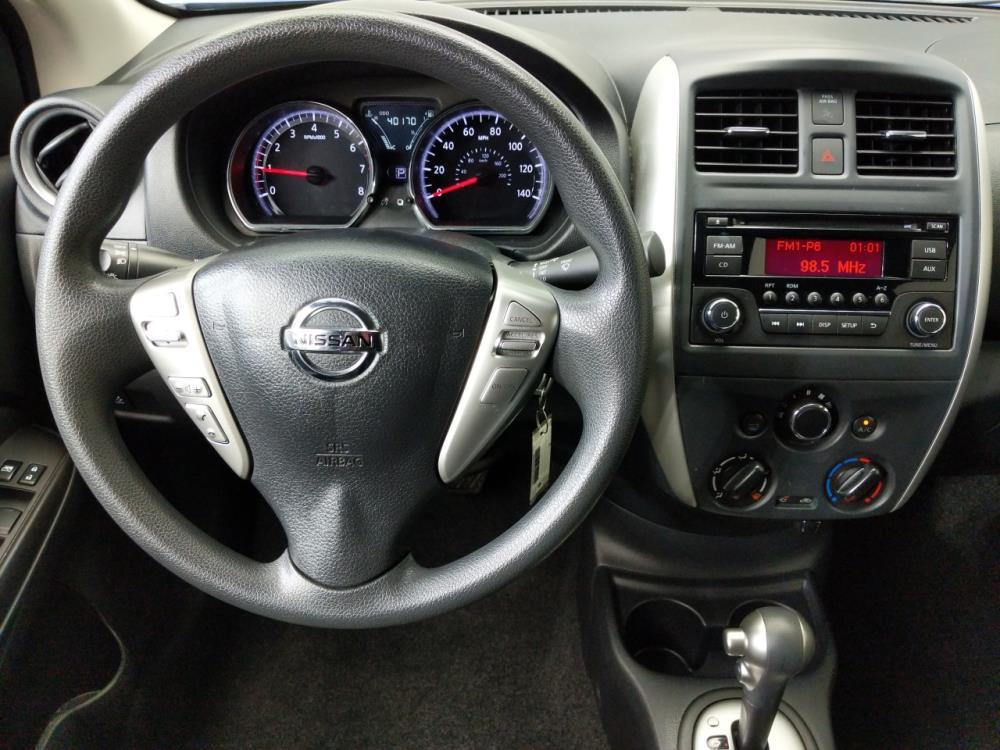 2016 Nissan Versa SV - 1080172732