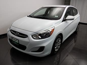 2016 Hyundai Accent SE - 1080172966