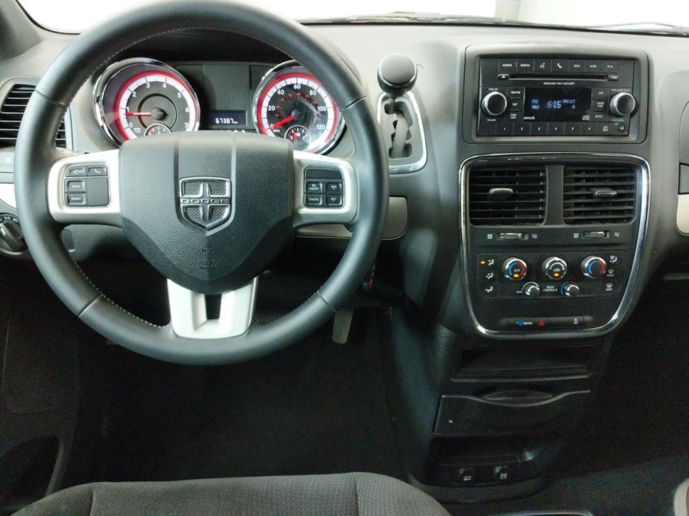 2015 Dodge Grand Caravan SE - 1080174123