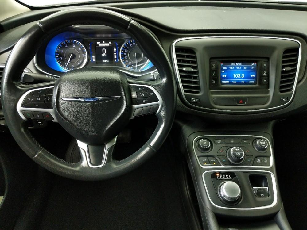 2015 Chrysler 200 Limited - 1080174398