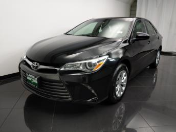 2016 Toyota Camry LE - 1080174579