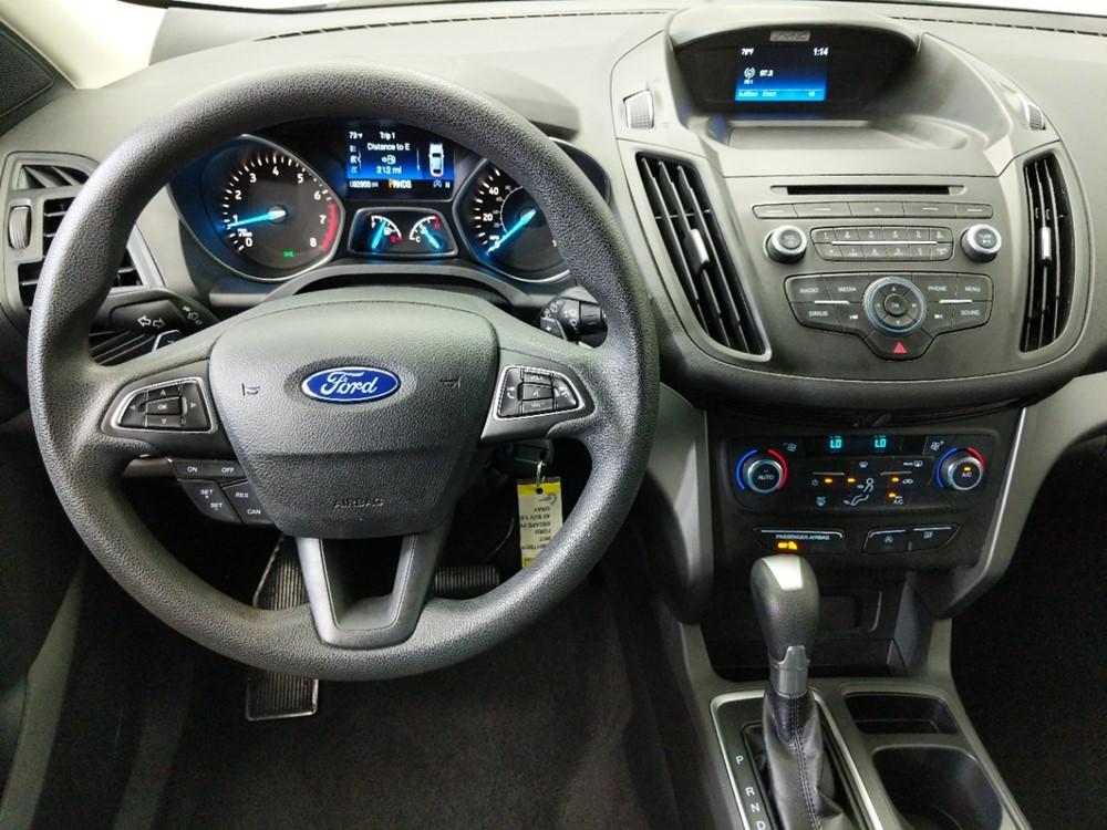 2017 Ford Escape SE - 1080175016