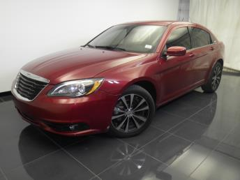 2013 Chrysler 200 - 1100042954