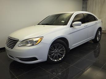 2012 Chrysler 200 - 1100043637