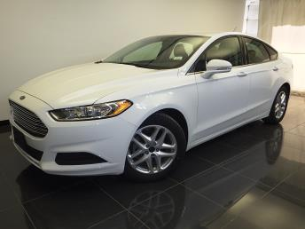 2016 Ford Fusion - 1100045327
