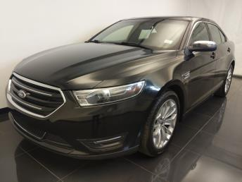 2015 Ford Taurus Limited - 1100046124