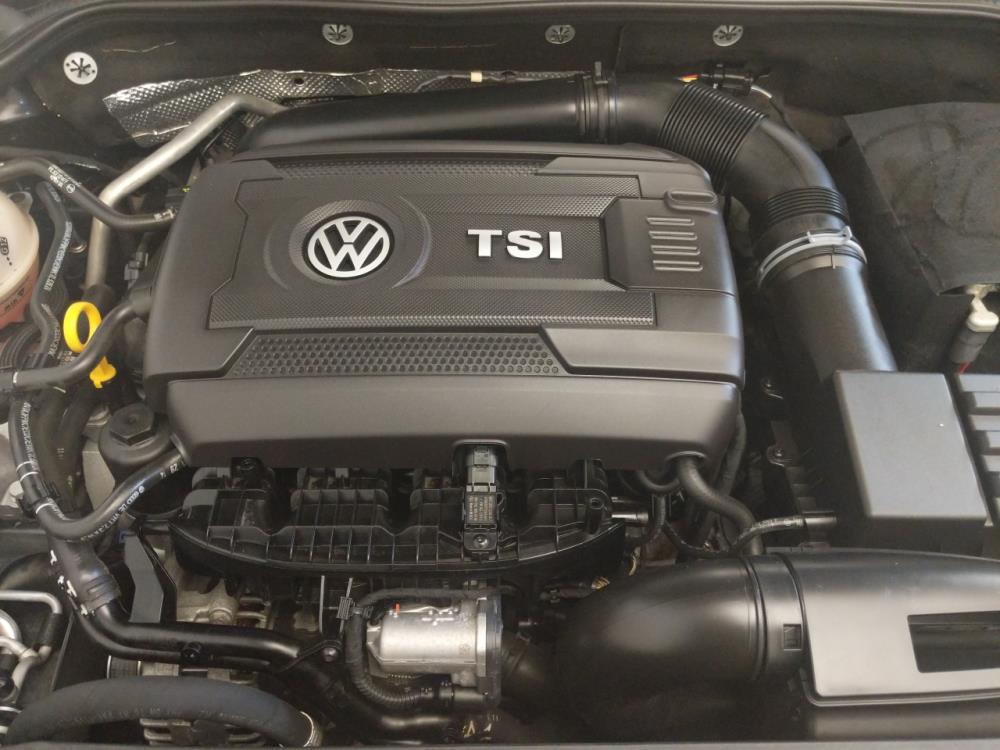 2015 Volkswagen Jetta 1.8T SE - 1100046142