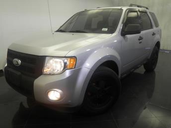 2011 Ford Escape - 1120120412