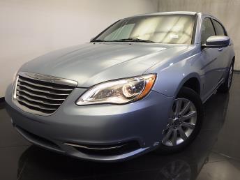 2013 Chrysler 200 - 1120120828