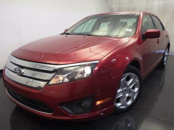 2011 Ford Fusion - 1120121070