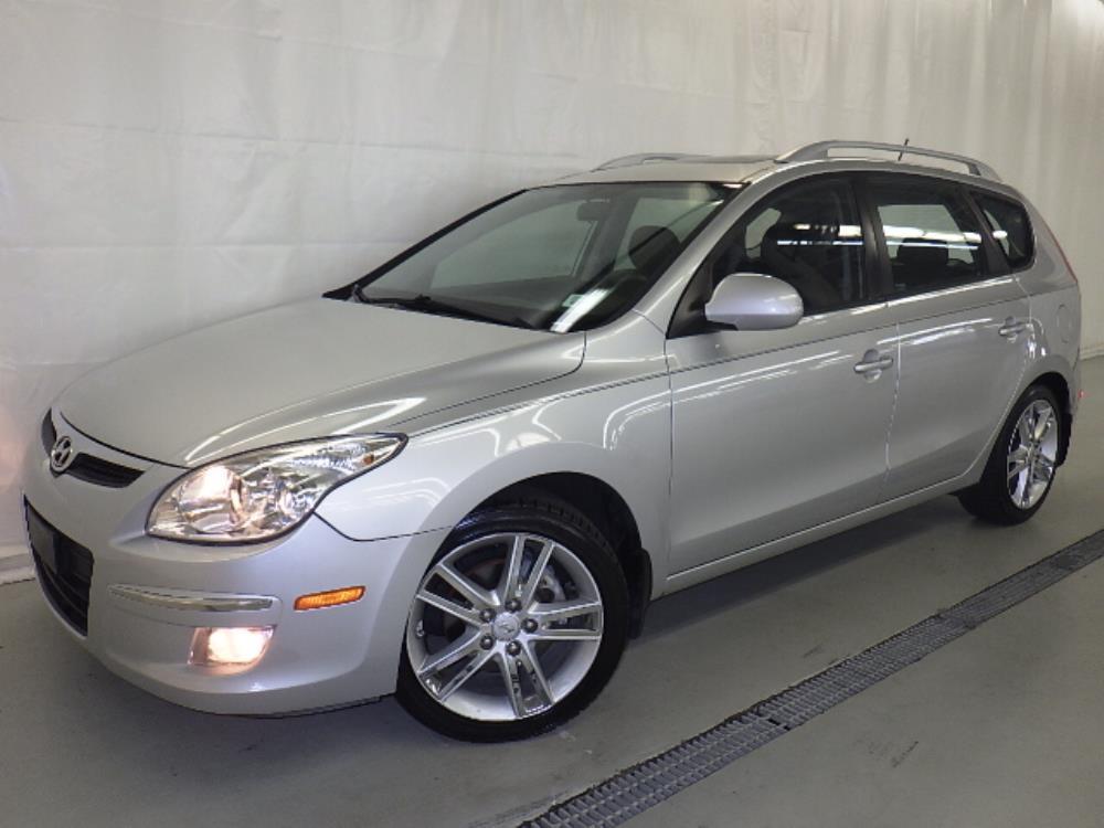 2011 Hyundai Elantra Touring - 1120121590