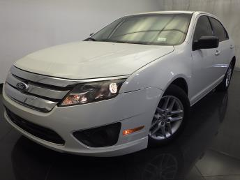 2011 Ford Fusion - 1120122423