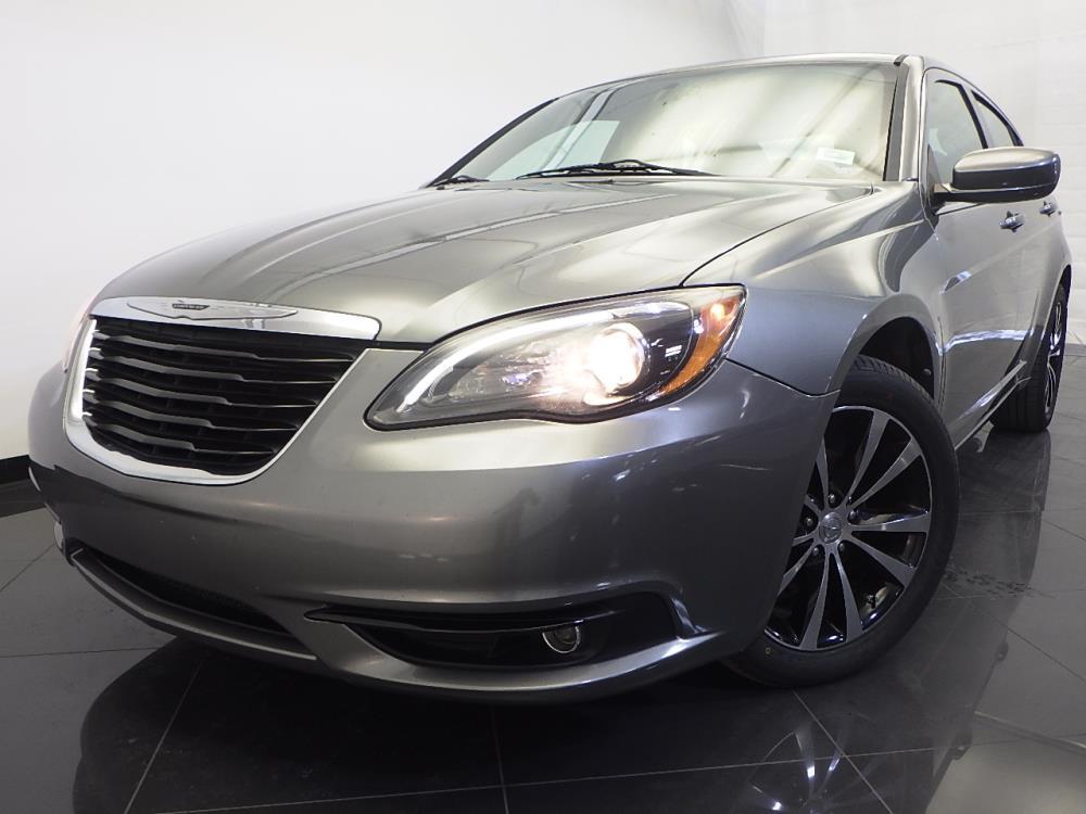 2011 Chrysler 200 - 1120123723