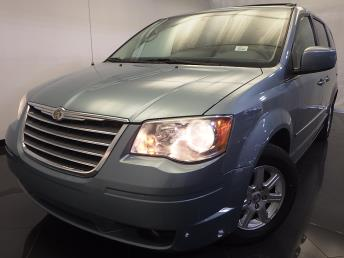 2010 Chrysler Town and Country - 1120123728
