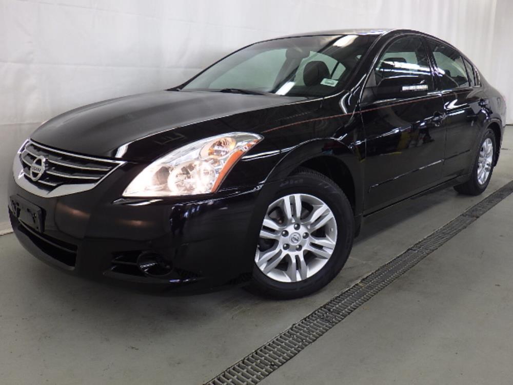 2010 Nissan Altima - 1120125637