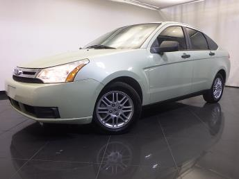 2010 Ford Focus - 1120129452