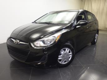 2013 Hyundai Accent - 1120129818