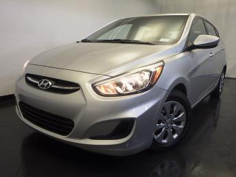 2015 Hyundai Accent - 1120130422