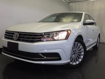 2016 Volkswagen Passat - 1120133914