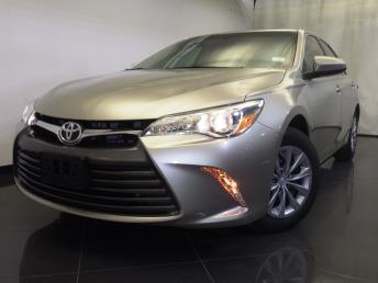 2016 Toyota Camry - 1120138977