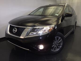 2014 Nissan Pathfinder SL - 1120141174