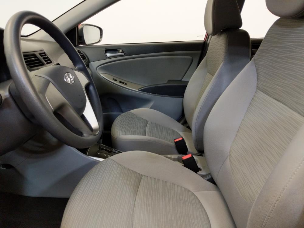 2016 Hyundai Accent SE - 1120143558