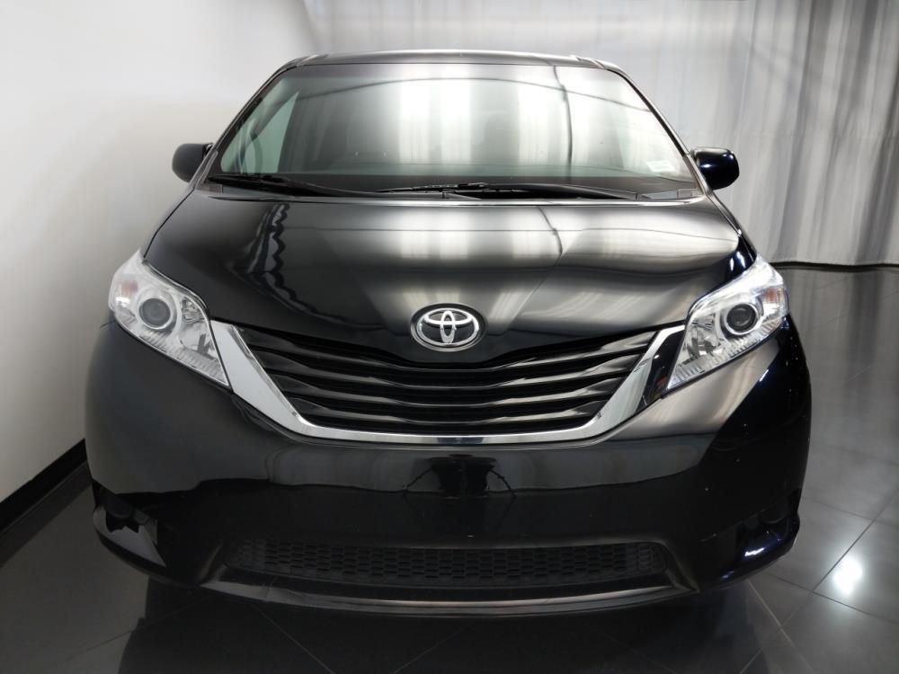 2015 Toyota Sienna LE - 1120143740